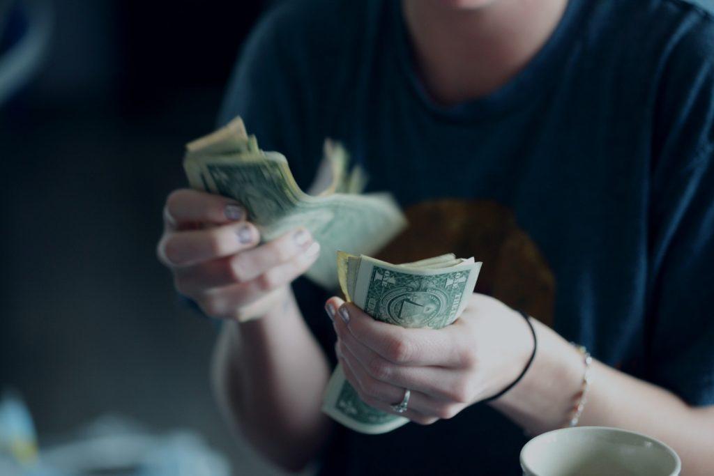 ストレスが散財につながる実験